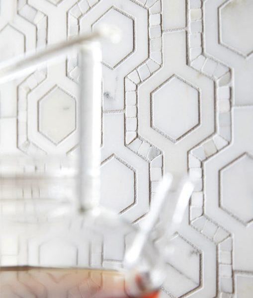 Honeycomb Pattern in Calacata detail