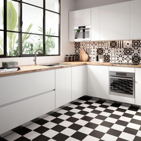 Regal Field (White & Black) Floor