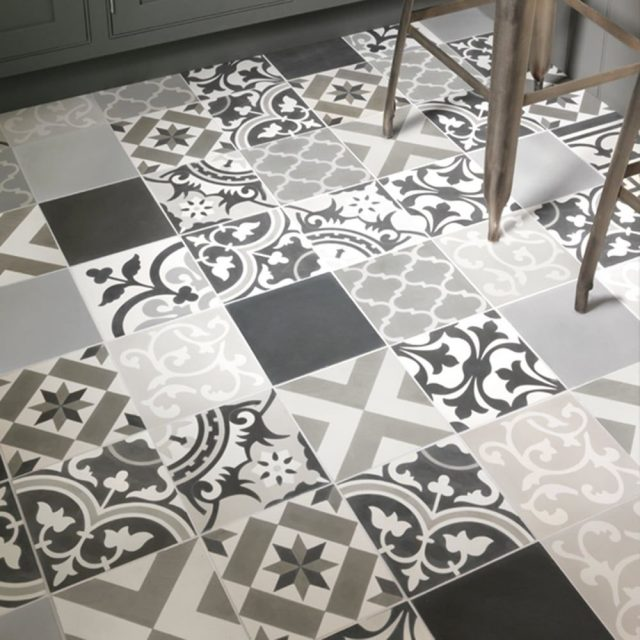 Regal Mix, including Black and Grey Field Tiles