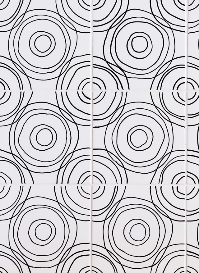 Sketchbook Ripple in Black & White