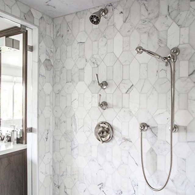Studio Modern Stone Wilshire in Calacatta Shower Wall